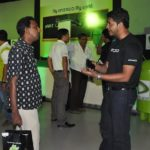 Etisalat takes Android to the East 6